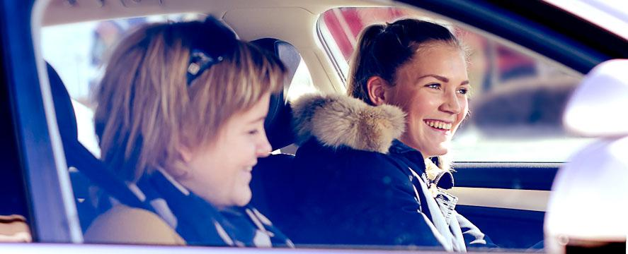 Vi underviser i BMW-skolebiler
